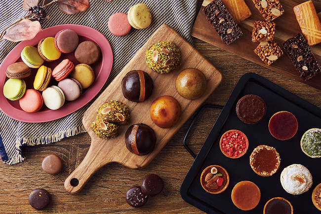 季節限定のマカロンやころんと可愛い新作焼菓子が登場!
